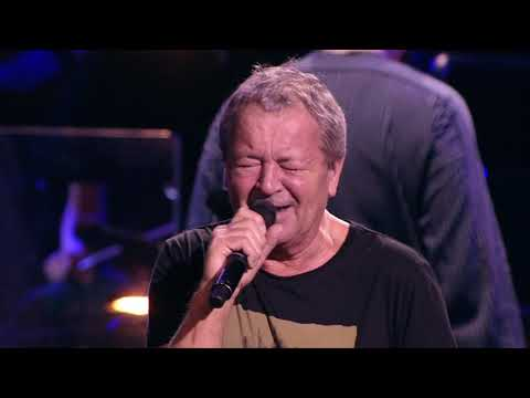 "Ian Gillan ""Smoke On The Water"" - Live in Moscow - Album ""Contractual Obligation"" out now!"