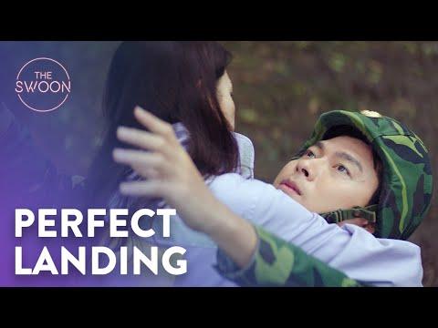 Son Ye-jin crash lands onto Hyun Bin | Crash Landing on You Ep 1 [ENG SUB]